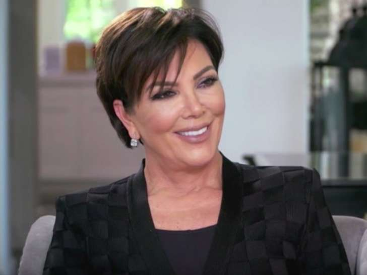 """Kris Jenner Opens Up About Her Daughters Sponsored Content Prices<span class=""""wtr-time-wrap after-title""""><span class=""""wtr-time-number"""">3</span> min read</span>"""