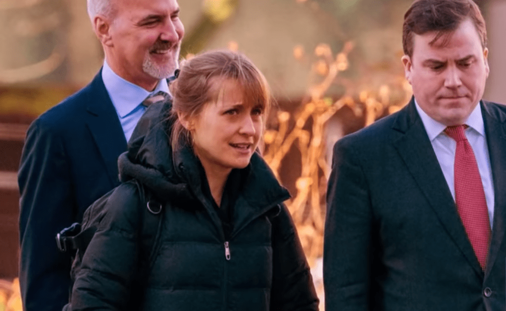 """'Smallville' Actress, Allison Mack, Pleads Guilty to Racketeering in Federal Sex Trafficking Case<span class=""""wtr-time-wrap after-title""""><span class=""""wtr-time-number"""">3</span> min read</span>"""