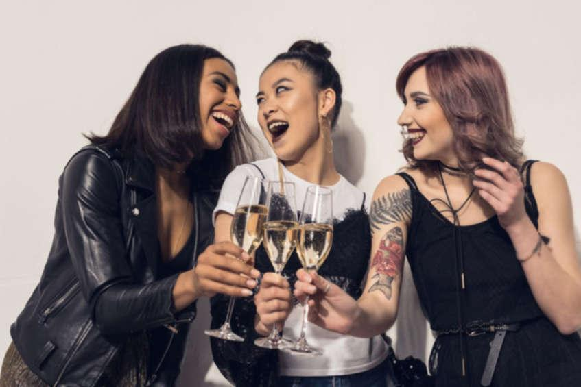 Grab your BFFs – Let's Wine Down and Chill