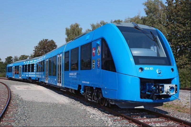 train powered by hydrogen