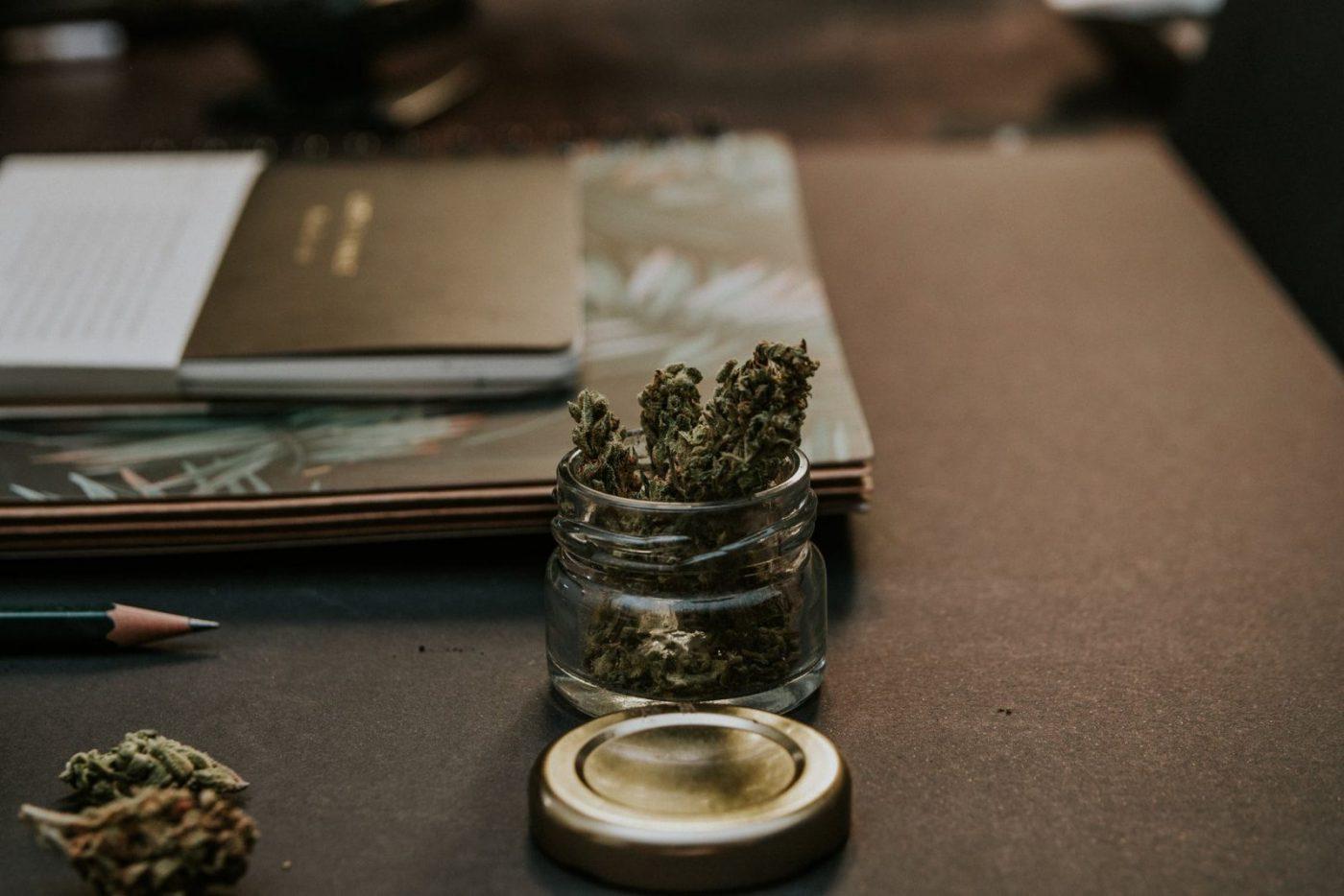 legal cannabis cafe