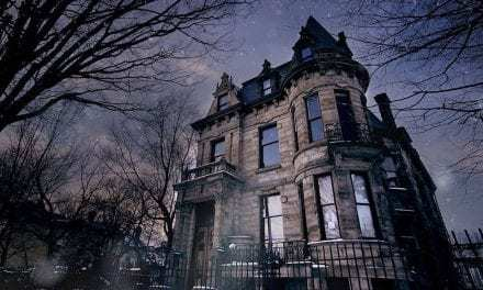 Tourists Beware, You're In For A Scare. If You Survive This Haunted House, You Get $20,000. But You Better Read The Contract.