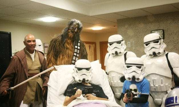 """This Thanksgiving, the Force Was Strong With This Hospice Center Who Was Granted an Early Sneak Preview of """"Star Wars: The Rise of Skywalker"""""""