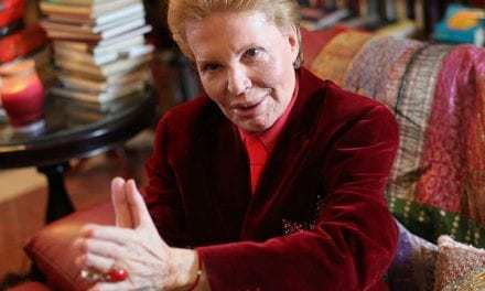 Psychic Astrologer Walter Mercado's Death Shocks Latin America
