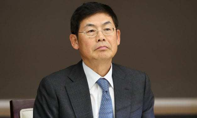 For Samsung's Chairman, There's No Smart TV's Where He's Going; Court Rules on Labor Law Violations