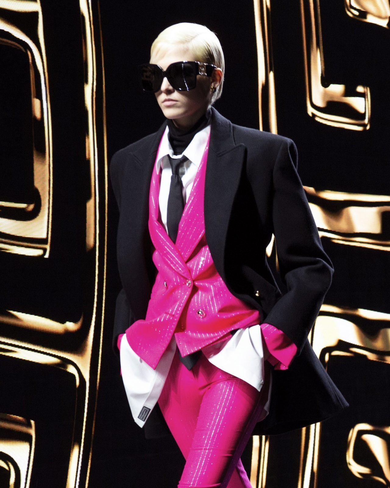 Versace runway gender fluid