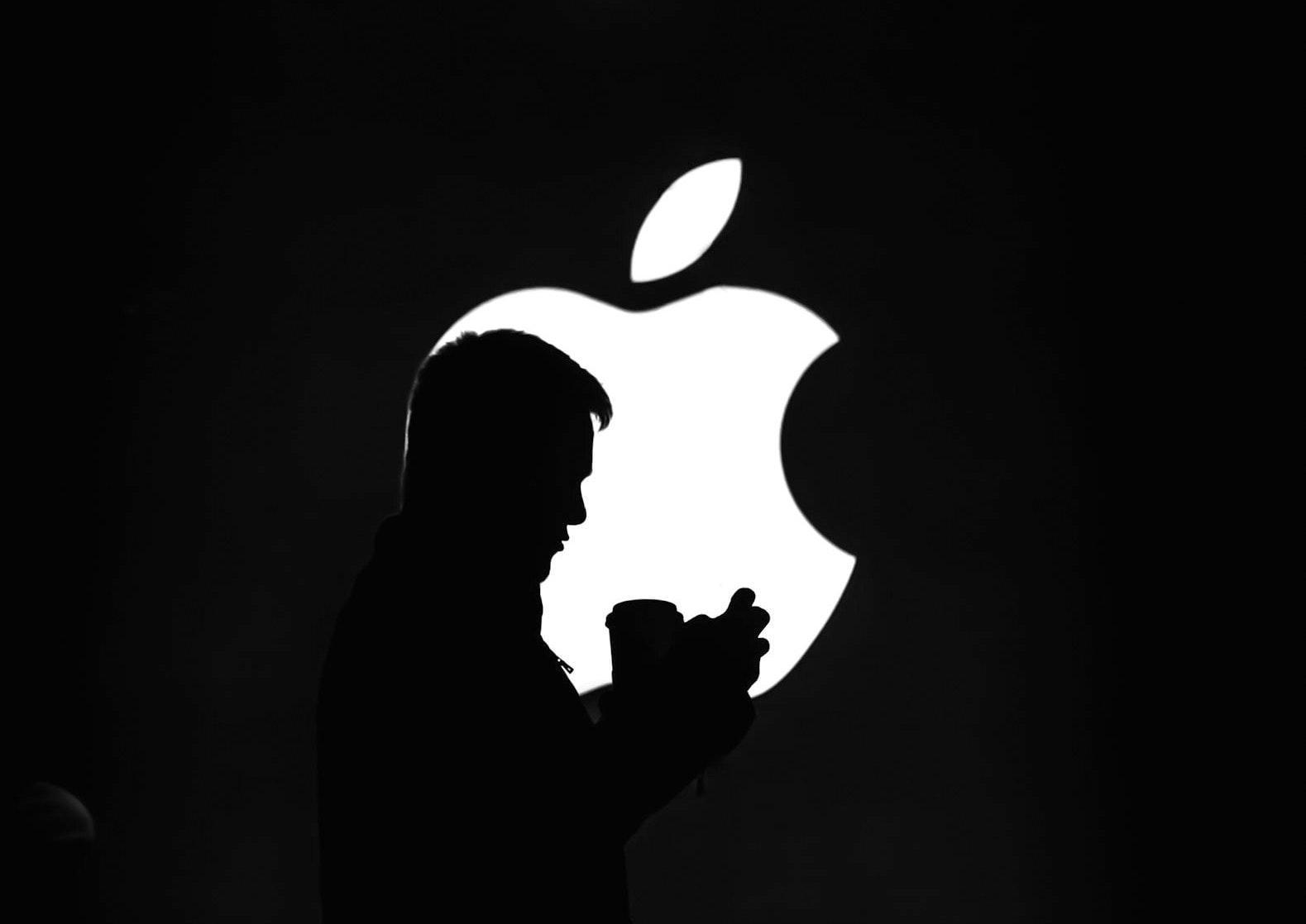 apple iphone homepod bloomberg
