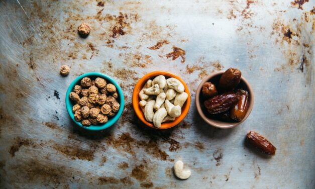 Easy and Healthy Snack Ideas Even You Can Make