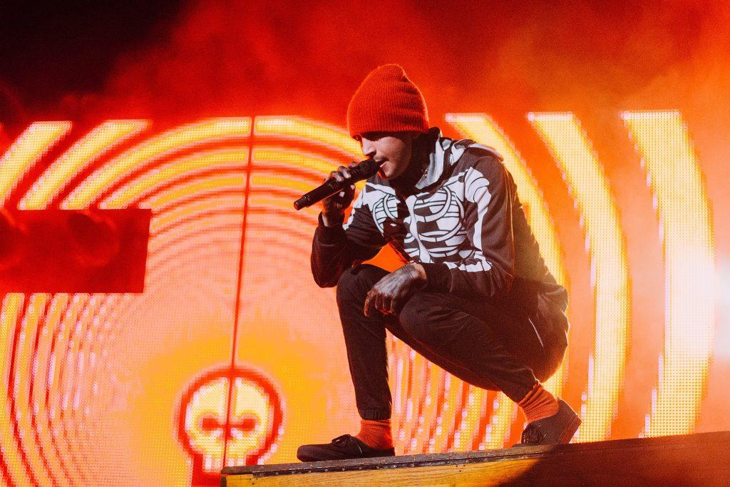 Tyler Joseph's Apology Tweet Sparks Debate