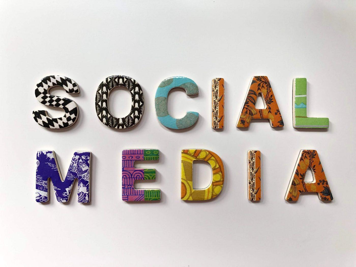 Paragone.ai.APM social advertizing